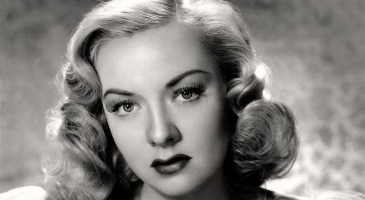 How tall is Audrey Totter Height Weight Body Measurements