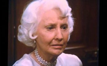 How tall is Barbara Stanwyck Height Weight Body Measurements