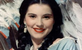 How tall is Debra Paget Height Weight Body Measurements
