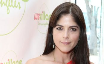 How tall is Selma Blair Height Weight Body Measurements