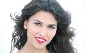 How tall is Sofia Pernas Height Weight Body Measurements