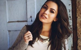 How tall is Sophie Simmons Height Weight Body Measurements