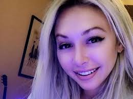 How Tall is Corinne Olympios Height Weight Body Measurements