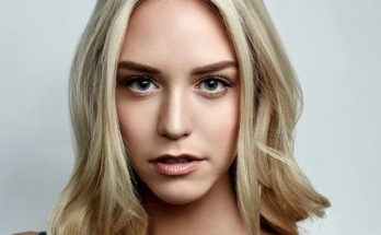 How Tall is Paige Mobley Height Weight Body Measurements