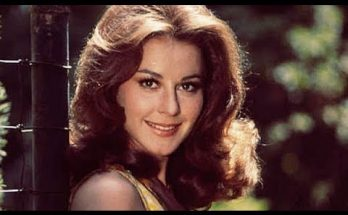 How Tall is Sherry Jackson Height Weight Body Measurements