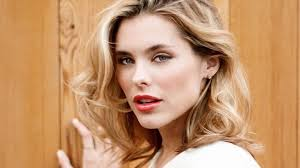 How Tall is Susie Abromeit Height Weight Body Measurements
