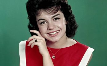How Tall is Annette Funicello Height Weight Body Measurements