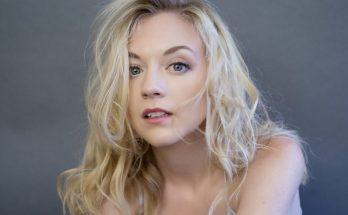 How Tall is Emily Kinney Height Weight Body Measurements