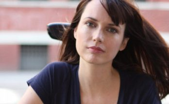 How Tall is Julie Ann Emery Height Weight Body Measurements
