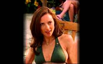How Tall is Lola Glaudini Height Weight Body Measurements