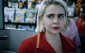 How Tall is Mae Whitman Height Weight Body Measurements