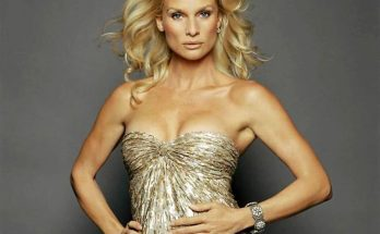How Tall is Nicollette Sheridan Height Weight Body Measurements
