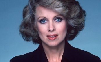 How Tall is Phyllis Davis Height Weight Body Measurements