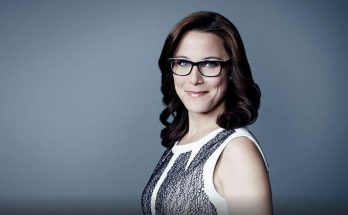 How Tall is S. E. Cupp Height Weight Body Measurements