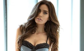How Tall is Sarah Stage Height Weight Body Measurements