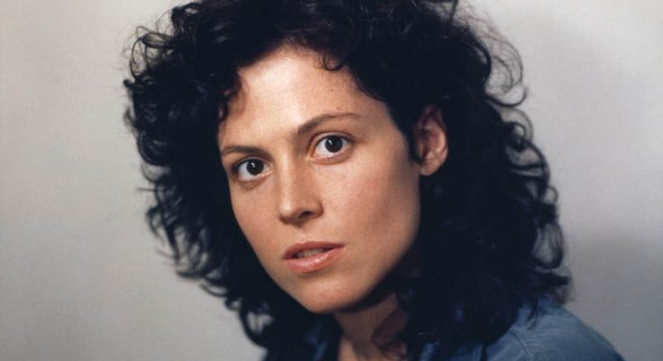 How Tall is Sigourney Weaver Height Weight Body Measurements