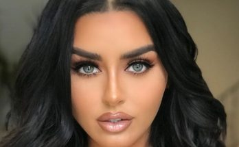 Abigail Ratchford How Tall Height Weight Body Measurements