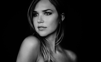 Arielle Kebbel How Tall Height Weight Body Measurements