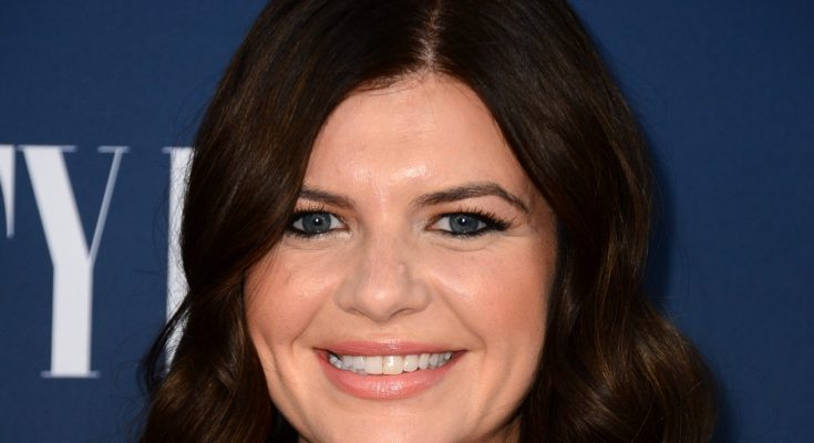 Casey Wilson How Tall Height Weight Body Measurements