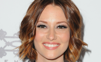 Chyler Leigh How Tall Height Weight Body Measurements