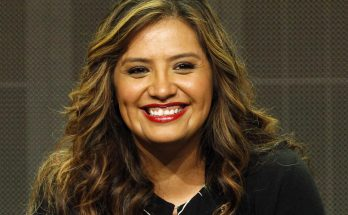Cristela Alonzo How Tall Height Weight Body Measurements
