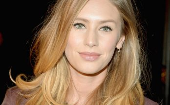 Dylan Penn How Tall Height Weight Body Measurements