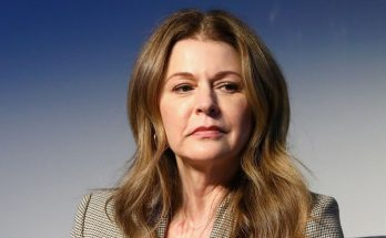Jane Leeves How Tall Height Weight Body Measurements