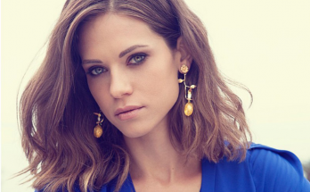 Lyndsy Fonseca How Tall Height Weight Body Measurements