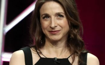 Marin Hinkle How Tall Height Weight Body Measurements