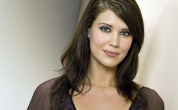 Sarah Lancaster How Tall Height Weight Body Measurements