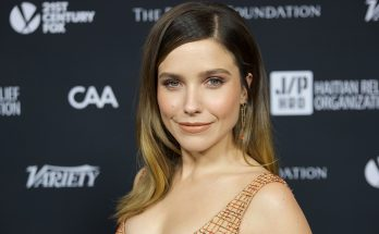 Sophia Bush How Tall Height Weight Body Measurements