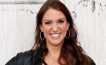 Stephanie McMahon How Tall Height Weight Body Measurements