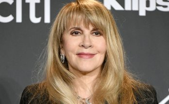 Stevie Nicks How Tall Height Weight Body Measurements