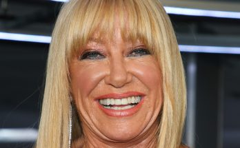 Suzanne Somers How Tall Height Weight Body Measurements