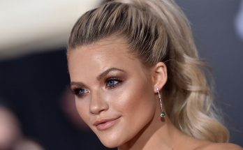 Witney Carson How Tall Height Weight Body Measurements